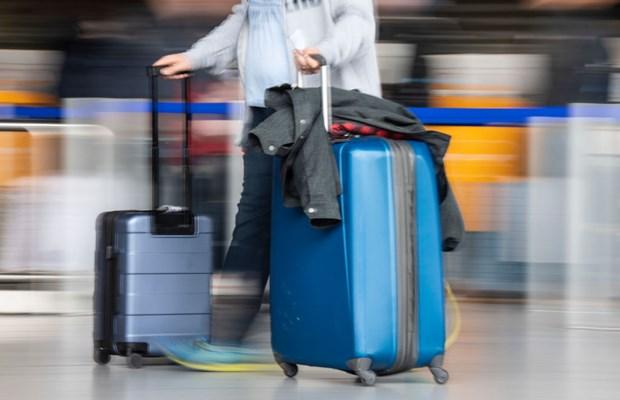 a190f56a5e2f https://www.kiis1065.com.au/media-attachment-airport-50/ 2019-04 ...