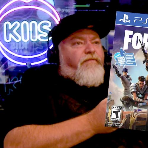 WATCH: Kyle Plays Fortnite On PS4 For The First Time