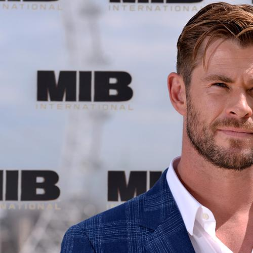 Kyle Gives Chris Hemsworth Some Acting Advice