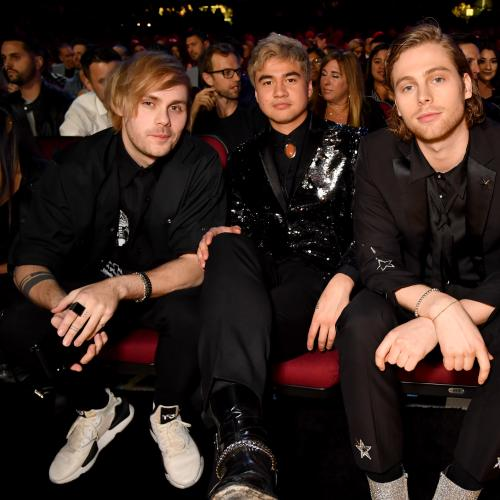 5 Seconds of Summer Share New Song Easier & Its Dark Video