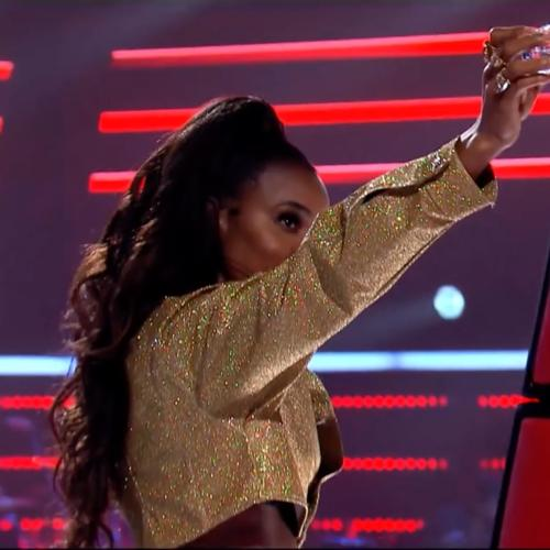 Kelly Rowland Pours Water Over Guy Sebastian On The Voice