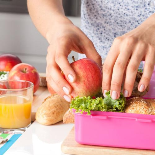 Australian Mother Shamed For This Lunchbox Item