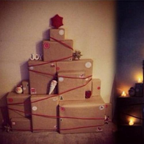 We've Just Found The Ultimate Christmas Tree Hack!
