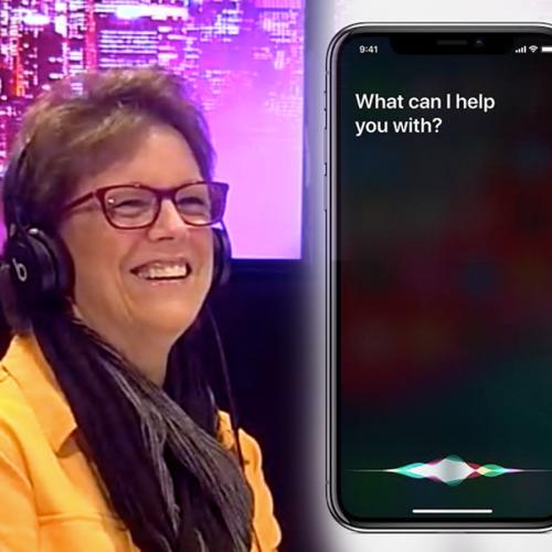 Who Knows More - Real Life Siri Or Phone Siri?
