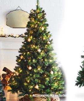 ALDI's Pre-Lit Christmas Tree Is BACK In Stores Next Week
