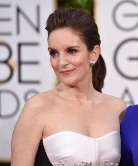 Comedy Duo Amy Poehler & Tina Fey Are Hosting the 2021 Golden Globes