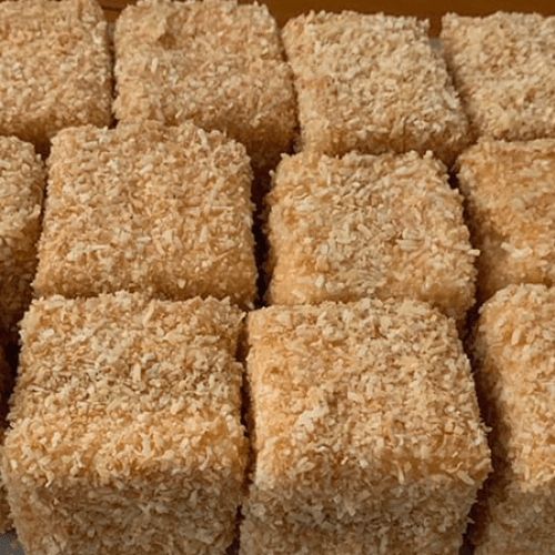 Everyone Is Obsessed With This Caramilk Lamington Recipe
