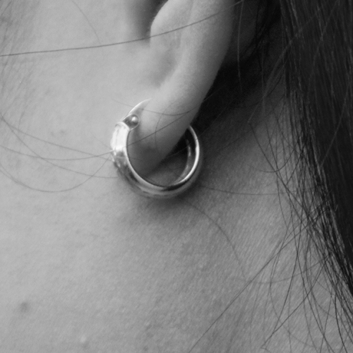 Mum Warns Shoppers After Kmart Earring Backing Lodges Into Daughter's Ear Lobe