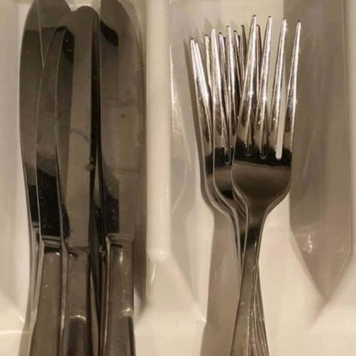 This Cutlery Drawer Has Sparked A Massive Debate Online