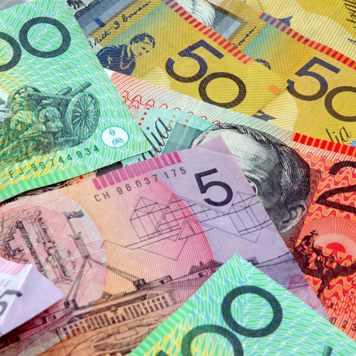Australian Womans 'Money Trick' To Make Sure There's No Coronavirus On Your Cash