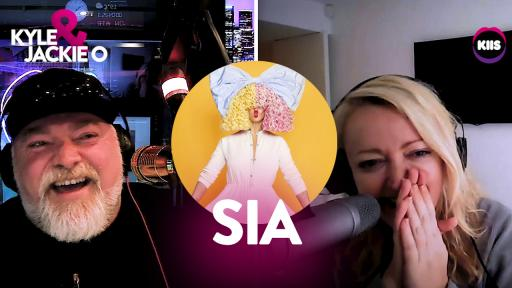 The loosest Sia interview ever 😂🎶