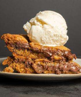 Uhhh Messina's New Cookie Pie Is Stuffed With Gooey Chocolate & Hazelnut…