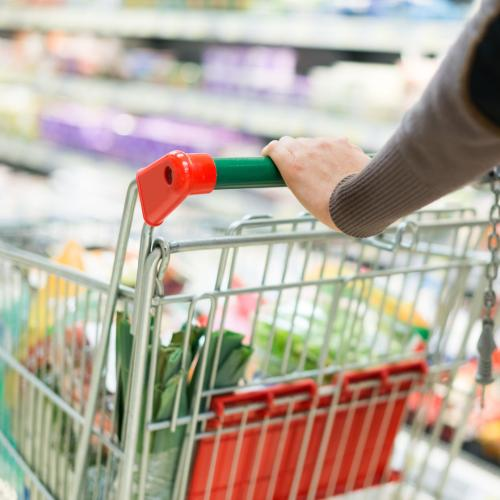 """""""End It Now"""": Man Told To Break Up With His Girlfriend After Sharing Photo of Her Groceries"""