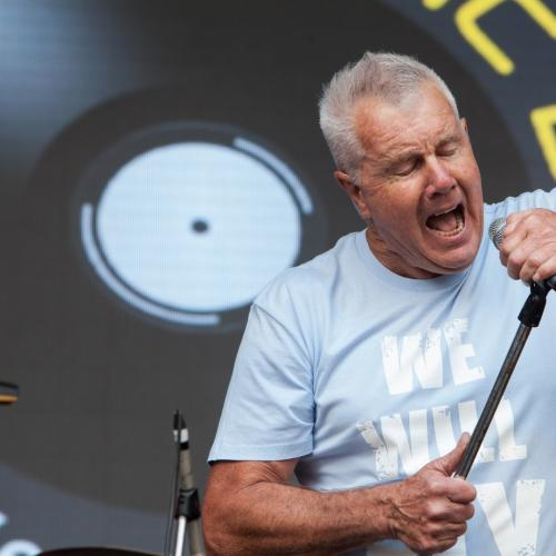 Daryl Braithwaite Hospitalised, Forced To Cancel Gig