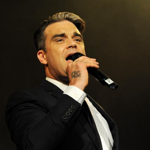 Robbie Williams Reportedly Diagnosed With Coronavirus
