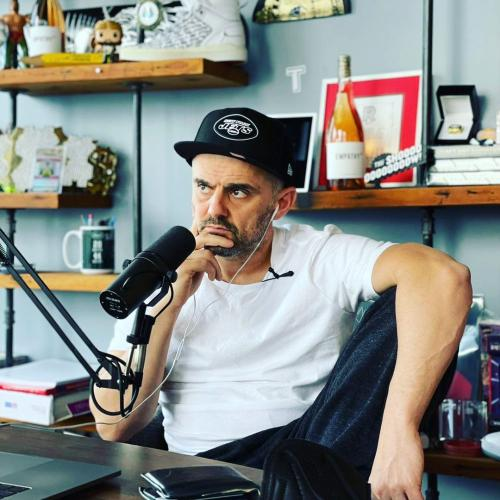 Gary Vee Explains What Exactly NFT's Are To Kyle & Jackie O In Layman's Terms