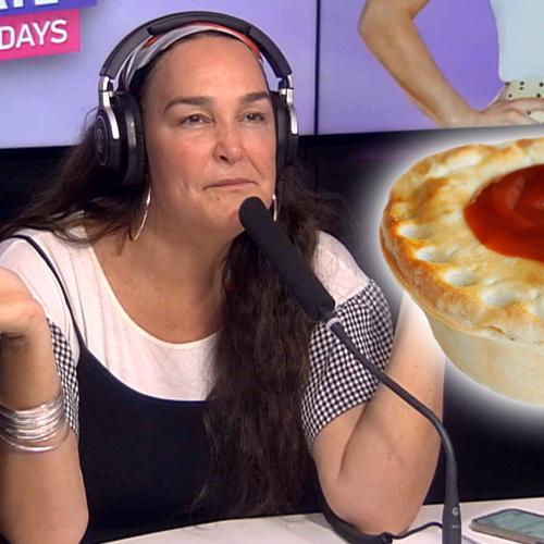 """Which Is The Correct Way To Eat A Meat Pie? And Which Way Would Kate Describe As """"Psycho-Sexual"""""""