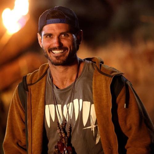 Survivor's Simon Reveals How 'Helpful' Camera Men Are When Contestants Search For Idols